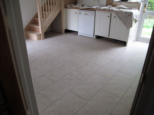 vinyl tiles with grout